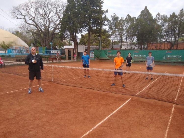 Sumate a la Escuela de Tenis