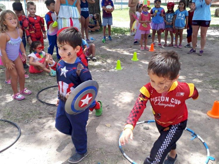 Colonia de Verano: Fiesta de Disfraces