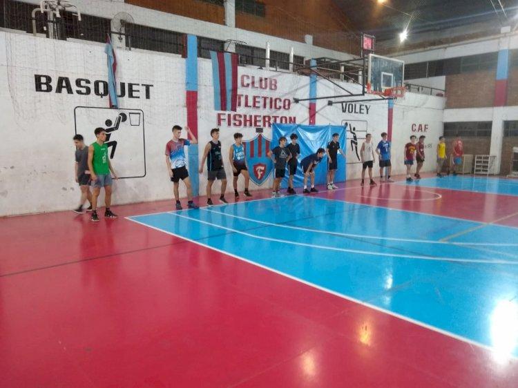 El básquet entrena pensando en las competencias
