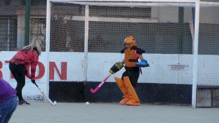 Sumate a la Escuelita Femenina de Hockey sobre Césped