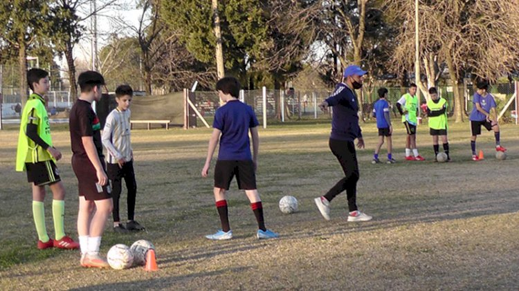 Ultimando detalles: vuelve el fútbol de la Rosarina