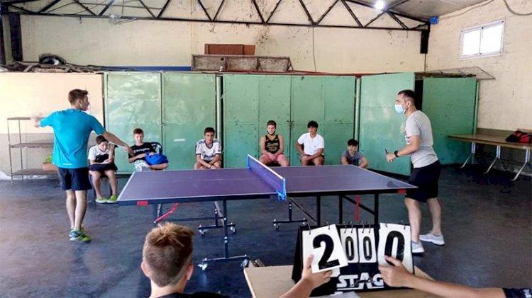 Tenis de mesa: evento para aprender y jugar