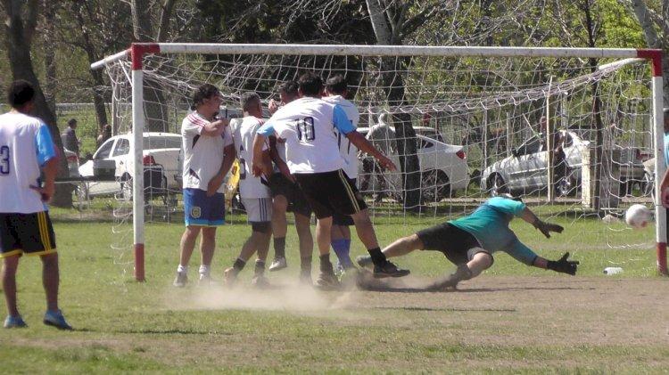 Otro sábado a puro fútbol en el Anexo